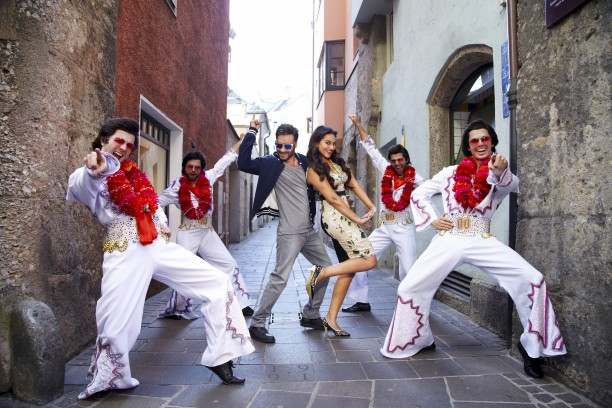Ajay Devgn and Sonakshi Sinha in the song Keeda from Action Jackson