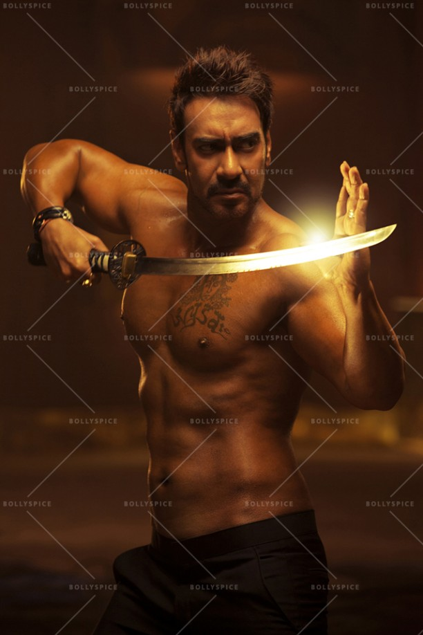 14dec_AjayDevgn-MartialArts03