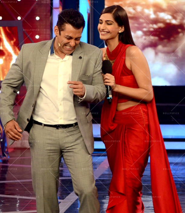 14dec_DollyKiDoli-BiggBoss05