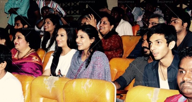 From L to R - Latha  Rangachari (Wife), Soundarya R Ashwin (Daughter), Aishwarya R Dhanush (Daughter), Dhanush (Son-in-Law)
