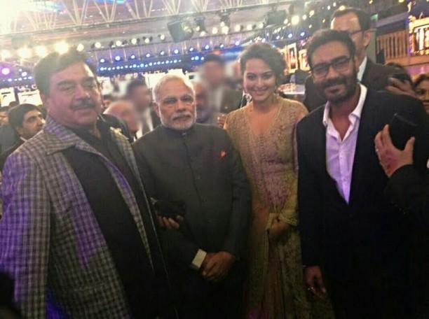 Shatrughan Sinha-Narendra Modi-Sonakshi Sinha-Ajay Devgn