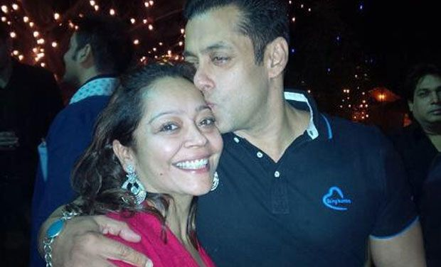 salman-khan-birthday-kisses