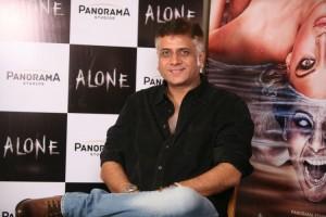 15jan_Bhushan Patel Alone 1
