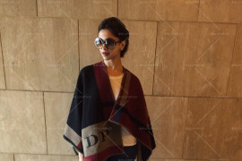 15feb_Deepika-Burberry01