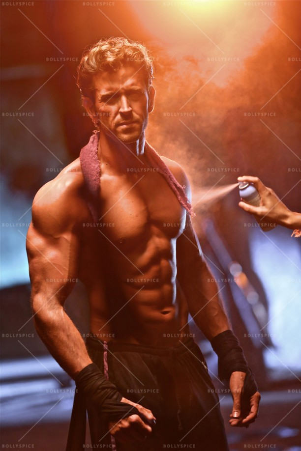 15feb_Hrithik-DefeatMantraHRX02