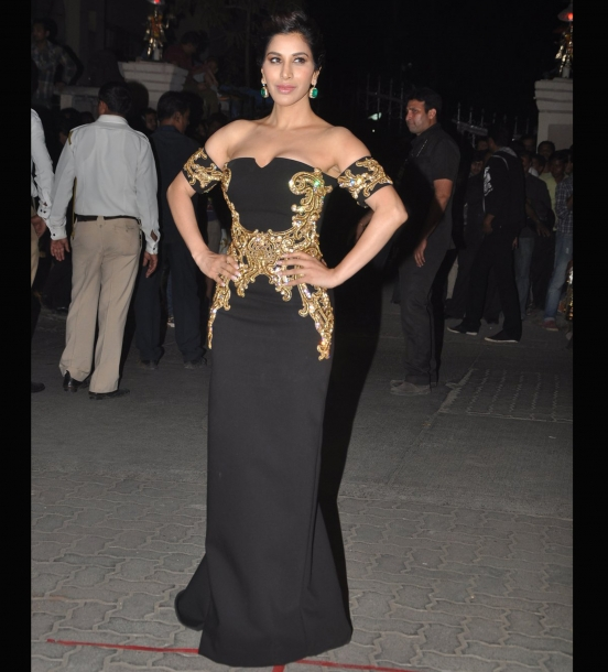 sophie-chaudhary-filmfare-awards