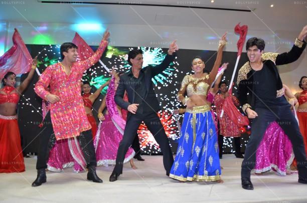 15mar_SRK-ShaimakLondon01