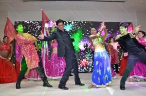 15mar_SRK-ShaimakLondon02