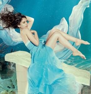 Aditi under water pic