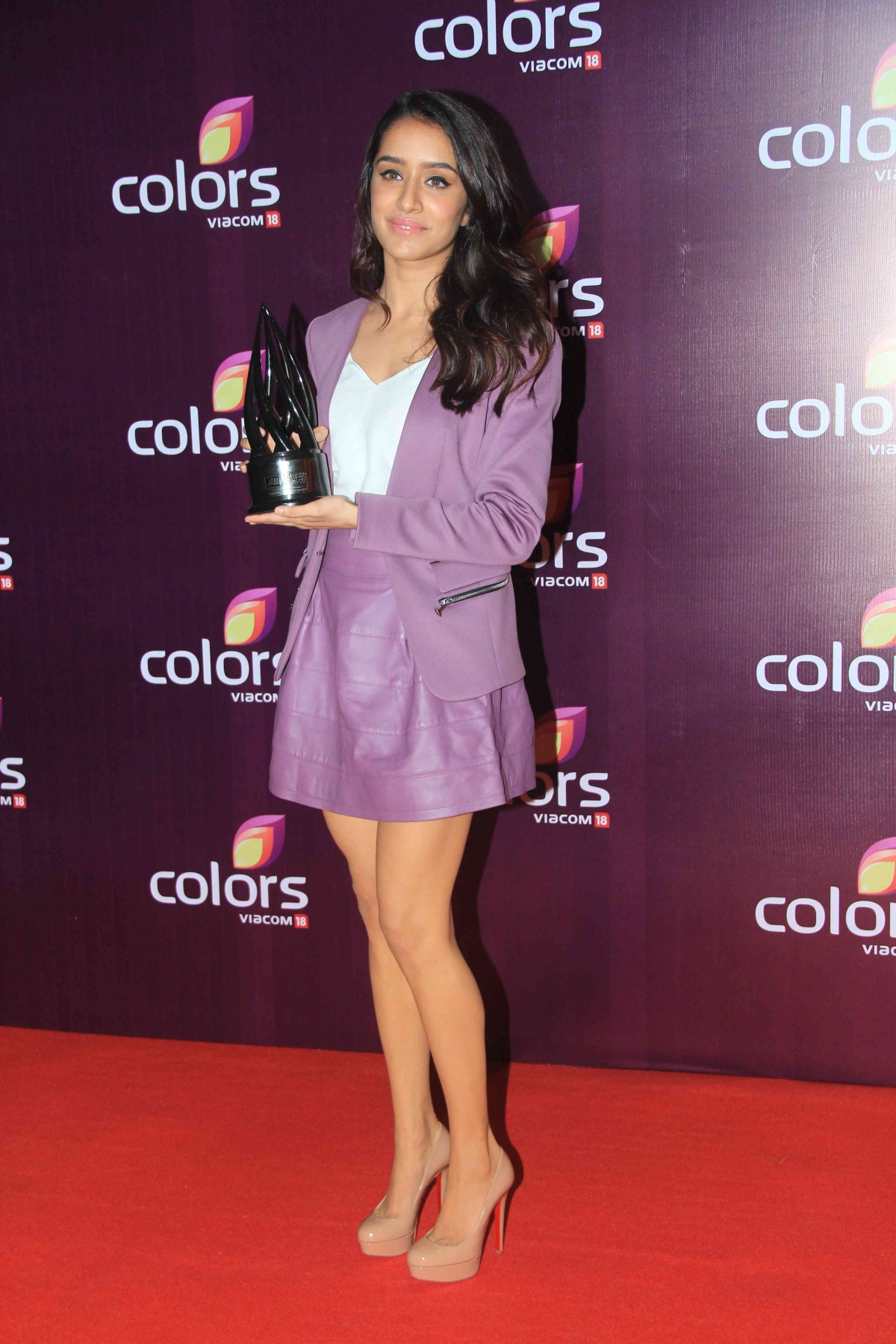 Shraddha Kapoor Wins the Brand Visionary of the Year 2015 Award |  BollySpice.com – The latest movies, interviews in Bollywood