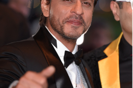 Shah Rukh Khan Wins Outstanding Contribution to Cinema at The Asian Awards