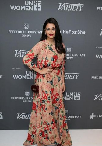 15may_Aishwarya-Cannes01