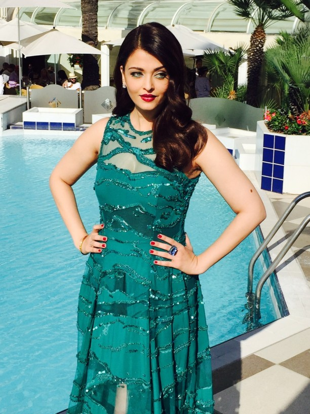 15may_Aishwarya-Cannes03