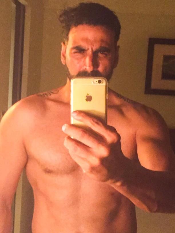 Akshay Selfie