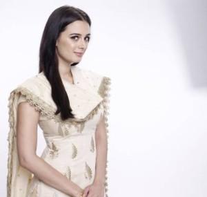 Evelyn Sharma in 'Ishqedarriyaan'