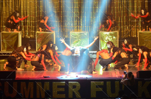 A stylish performance by The SHIAMAK Dance Team with the star performer, Rohan Shah.