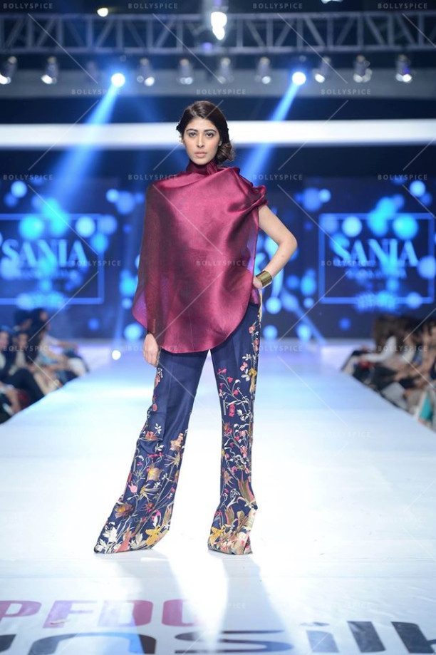 Printed Trousers by Sania Maskatiya