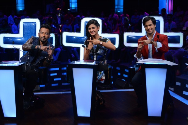 Catch Dance + from 26th July at 8 pm only on STAR Plus  (2)