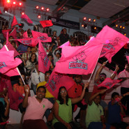 The home fans out in full colour for the Jaipur Pink Panthers
