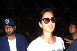 ranbir kapoor and katrina kaif snapped at intl airport (13)