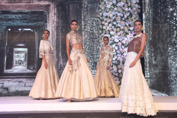 15aug_ManishMalhotra-Bridals01