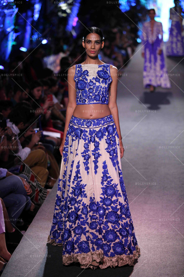 15aug_ManishMalhotra-Bridals03