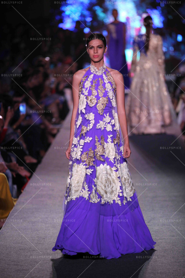 15aug_ManishMalhotra-Bridals05
