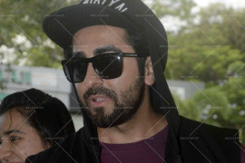 kangna ranaut and ayushman khurana spotted at airport (18)
