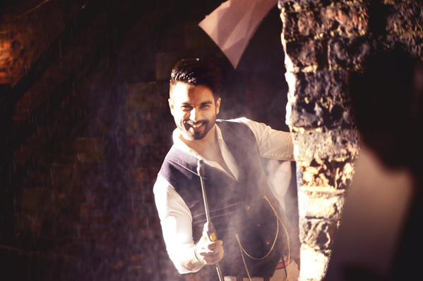 15sep_Gulaabo-Shandaar-Song03