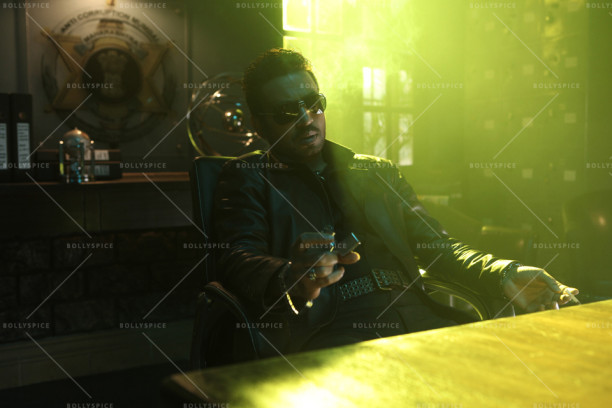 15oct_Jazbaa-Stills02