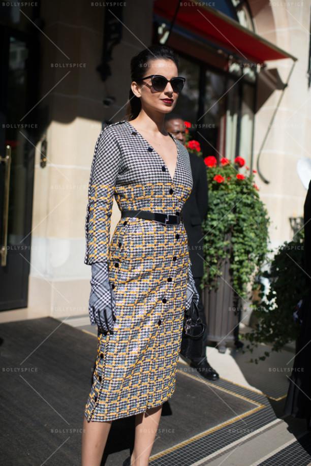 15oct_Kangna-Dior-Paris01