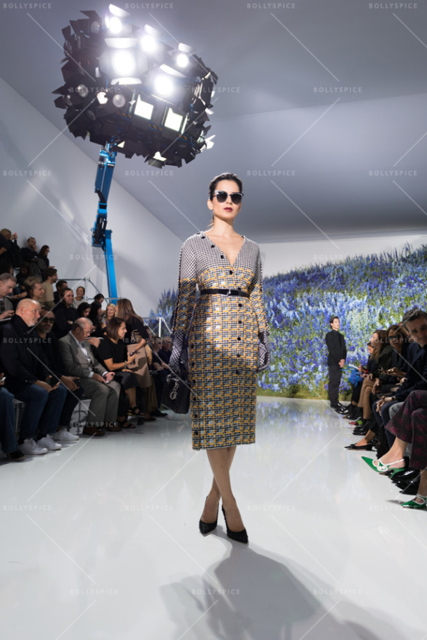 15oct_Kangna-Dior-Paris02
