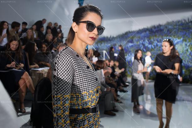 15oct_Kangna-Dior-Paris03