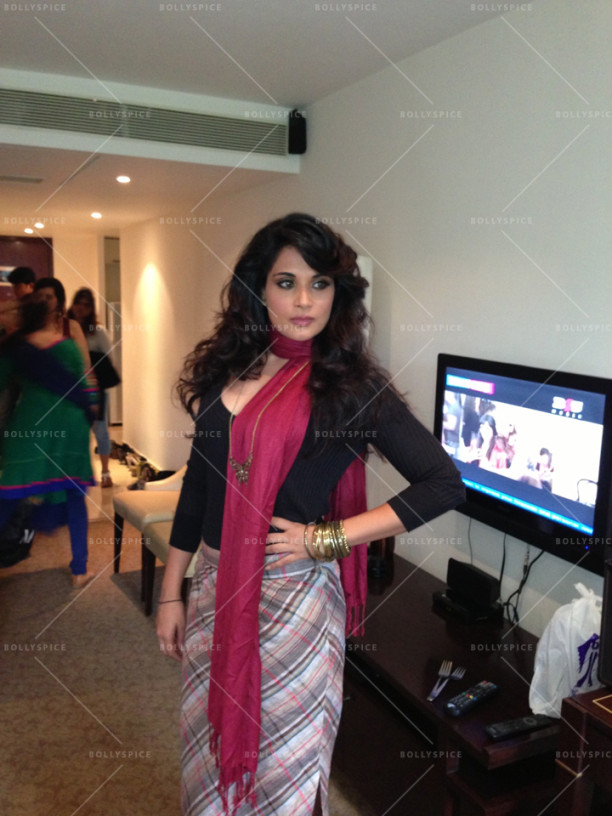 15oct_RichaChadda-LookTest-MAC01