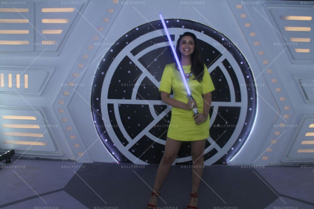 15nov_Parineeti-StarWars03