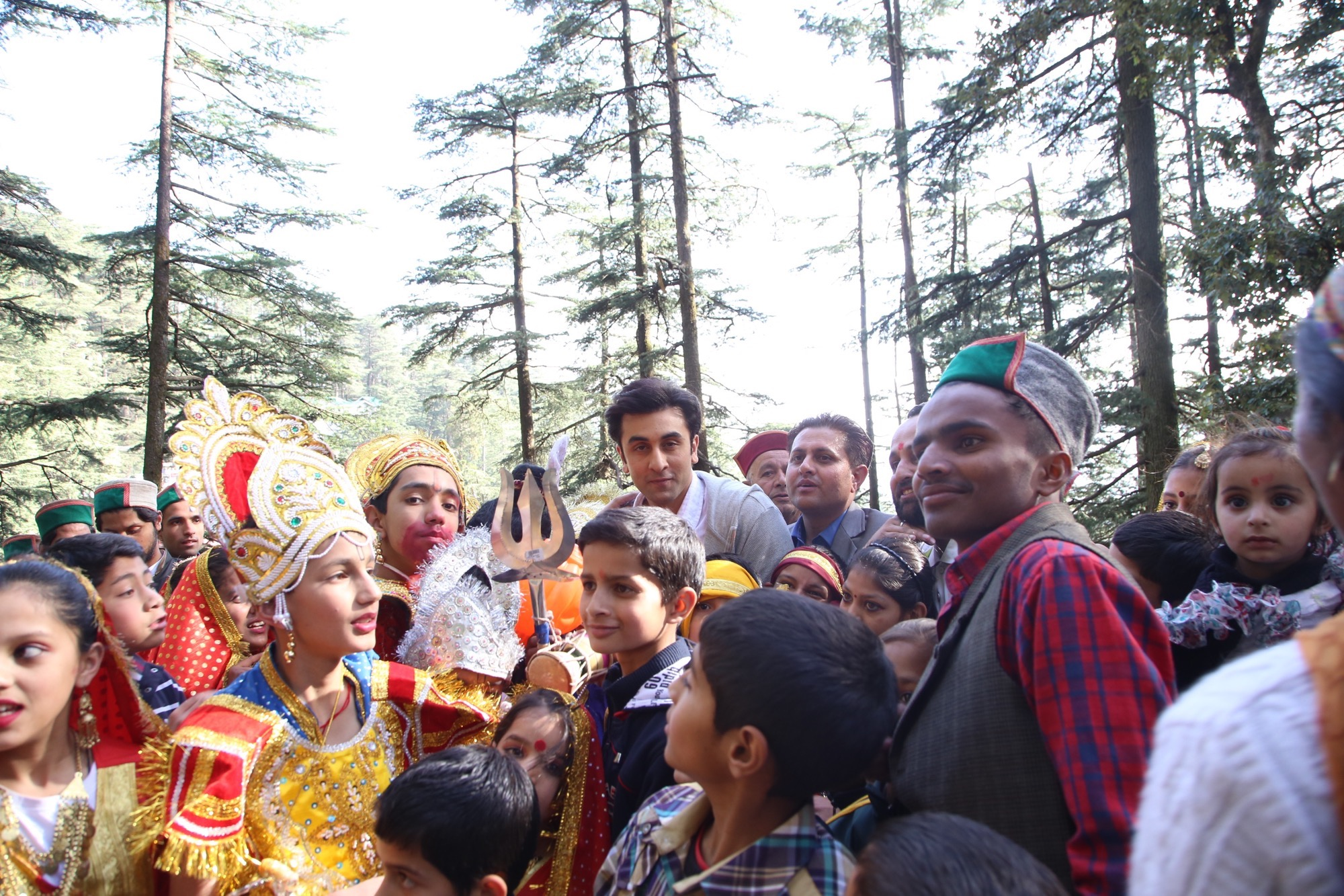 Team 'Tamasha' Gets a Lesson in Folk Music & Dance in Simla!