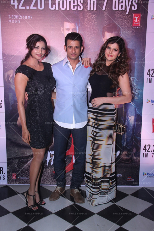 15dec_HateStory3SuccessParty10