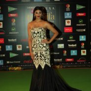 Daisy Shah at NEXA IIFA Awards 2016 (6)