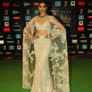 Deepika Padukone at NEXA IIFA Awards 2016 (31)