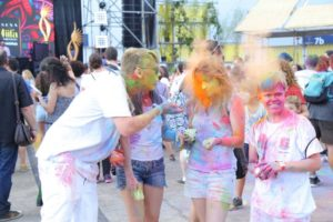 Fans at the IIFA Stomp and Rang Jam Holi Party in collaboration with Mulafest (29)