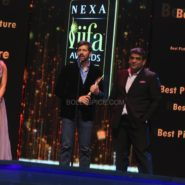 Priyanka Chopra, Kabir Khan, Sudhanshu Vats at NEXA IIFA Awards 2016 (19)