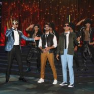 Ranveer Singh, Shahid Kapoor and Farhan Akhtar at NEXA IIFA Awards 2016 (11)