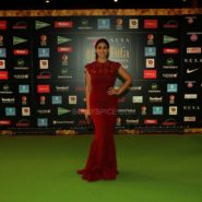 Shriya Saran at NEXA IIFA Awards 2016 (22)