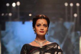 Dia Mirza Lakme Fashion week 8