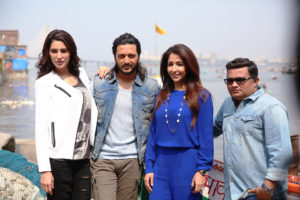 Nargis Fakhri, Riteish Deshmukh, Krishika Lulla & Ravi Jadhav on the set of Banjo