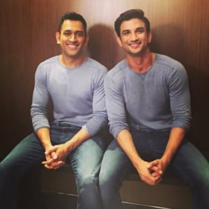 sushant-and-dhoni-during-promotions