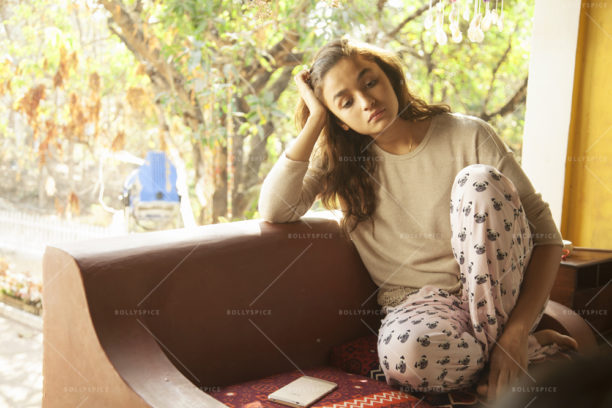 16nov_dearzindagi-stills04
