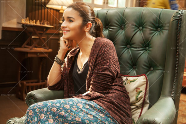 16nov_dearzindagi-stills10