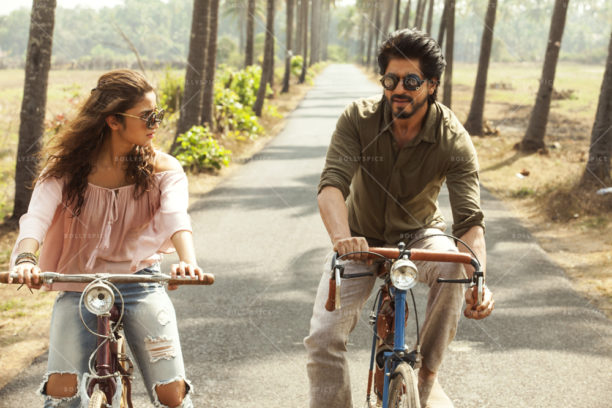 16nov_dearzindagi-stills16