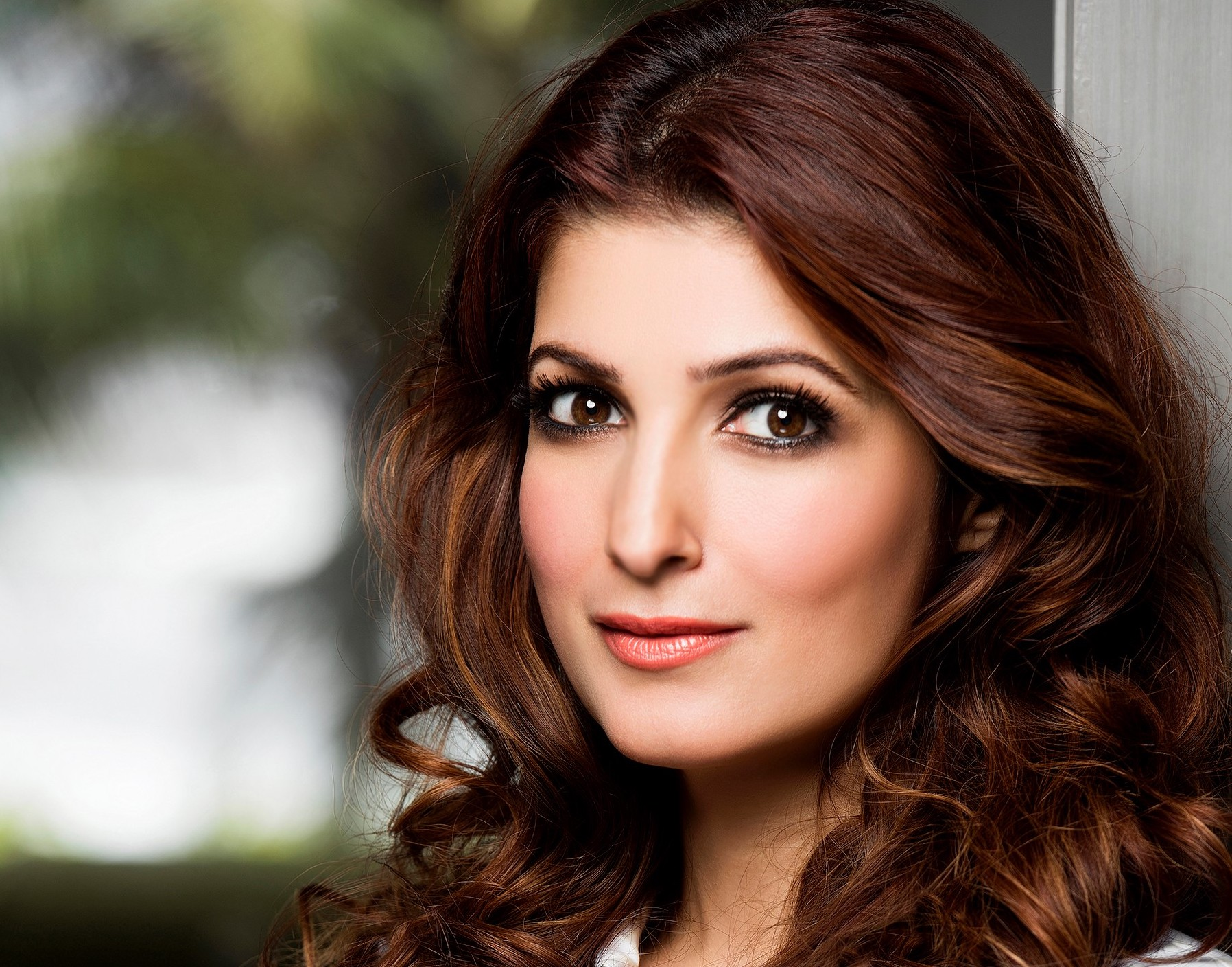 Interior Column Designs Twinkle Khanna I M Determined To Spread The Story And